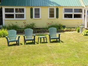 motel-lawn_r1